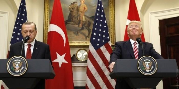 Турция отказалась освобождать Ракку вместе с курдами