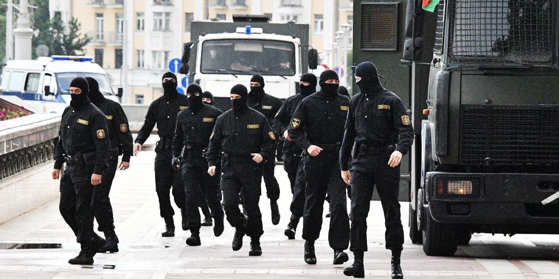 Белорусского преподавателя посадили за мыслепреступление