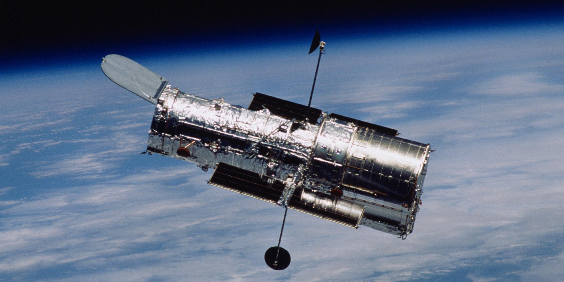 """Знаменитый орбитальный телескоп """"Хаббл"""" сломался"""