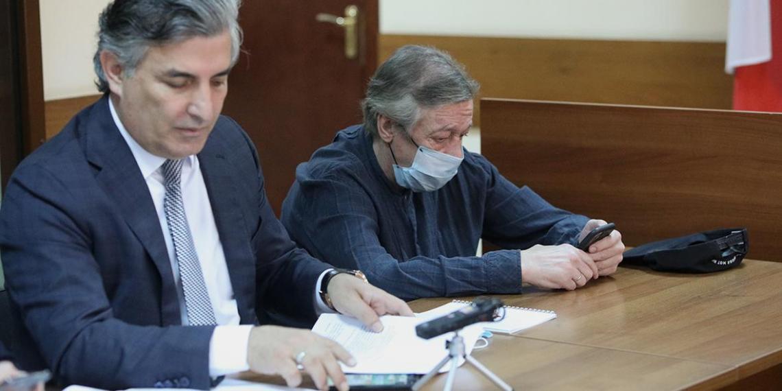 Назван гонорар скандального адвоката Ефремова