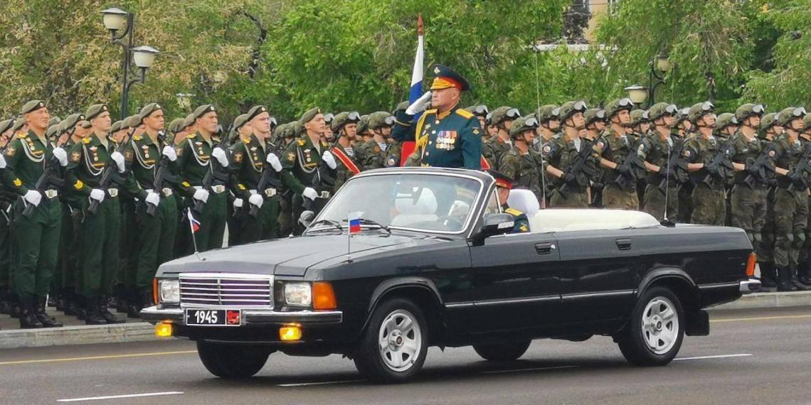 Парады Победы прошли в Чите и Белогорске