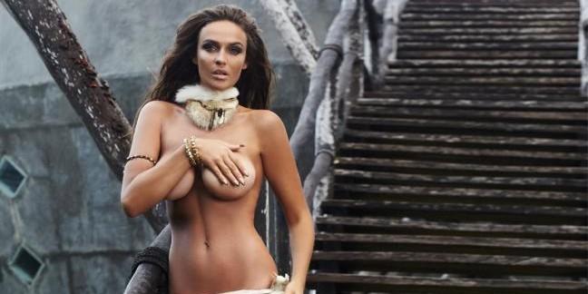 Алена Водонаева решила сделать операцию по уменьшению груди
