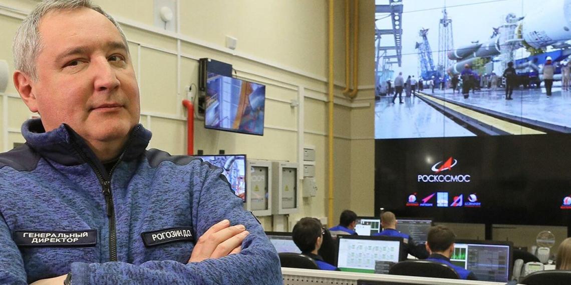 """Рогозин поздравил новый экипаж МКС словами из """"Мертвых душ"""""""