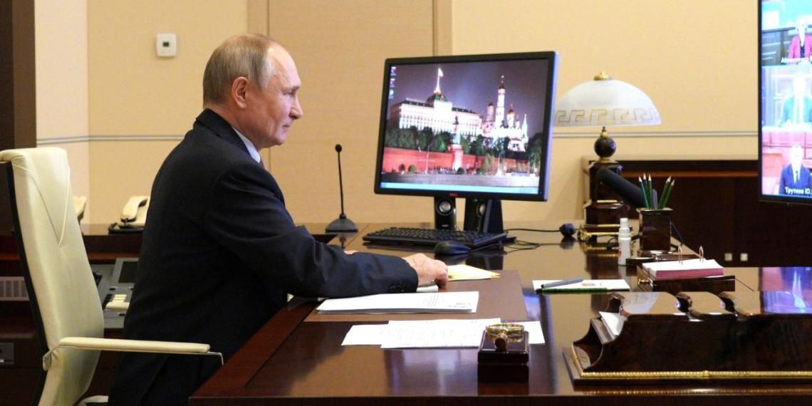 Путин поручил проработать методику ежегодного рейтинга качества жизни в регионах РФ