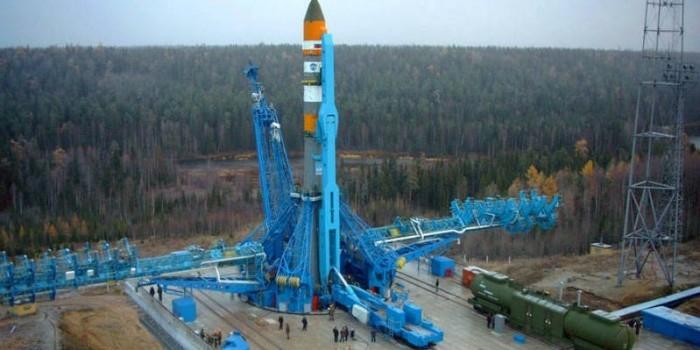 Россия успешно запустила новейшую ракету «Союз-2.1В» с военными спутниками на борту