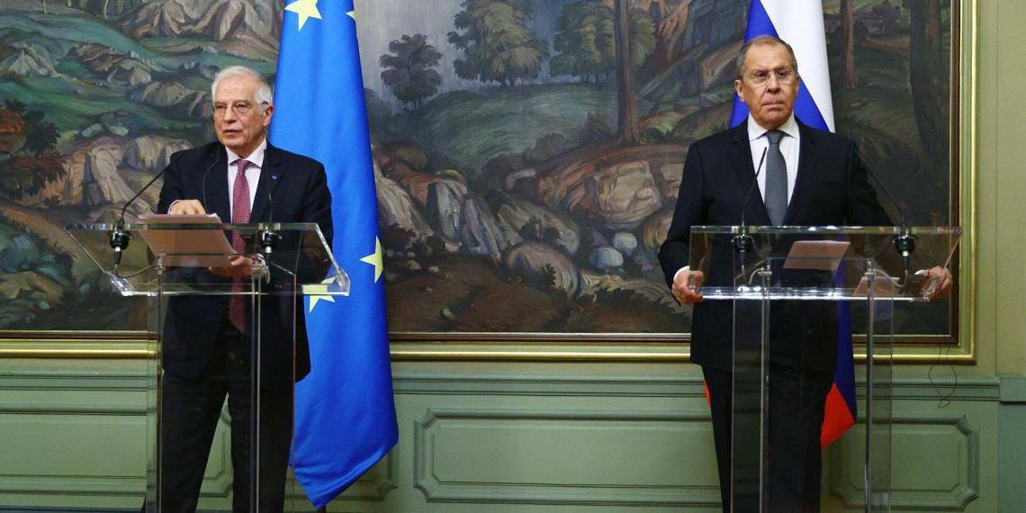 В Европарламенте требуют отставки Борреля после его визита в Москву