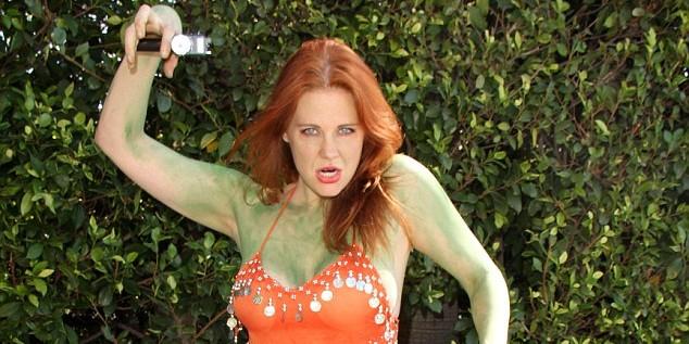 Американская актриса пришла обнаженной на фестиваль Comic-Con (ФОТО)