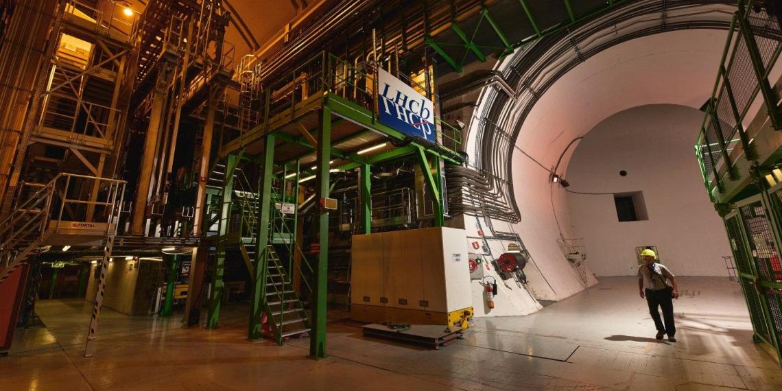 Большой адронный коллайдер помог открыть новую частицу