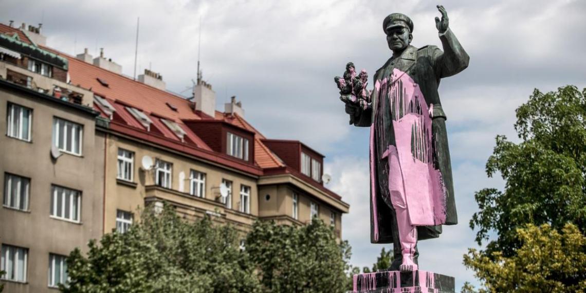 Дочь маршала Конева выступила против восстановления памятника в Праге