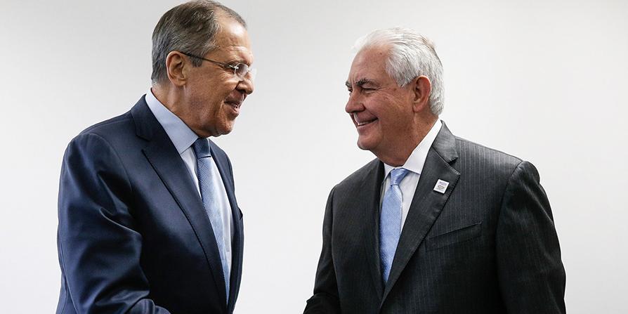 """Лавров рассказал о """"сделке века"""" США по Ближнему Востоку"""