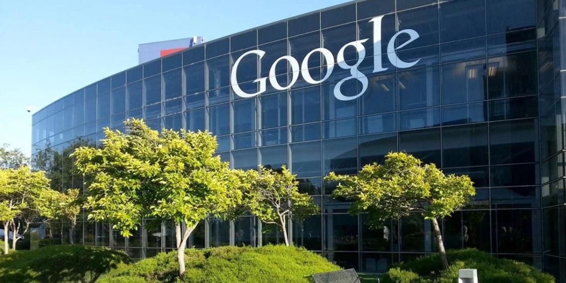 СПЧ обратился в американский офис Google из-за блокировки российских СМИ на YouTube
