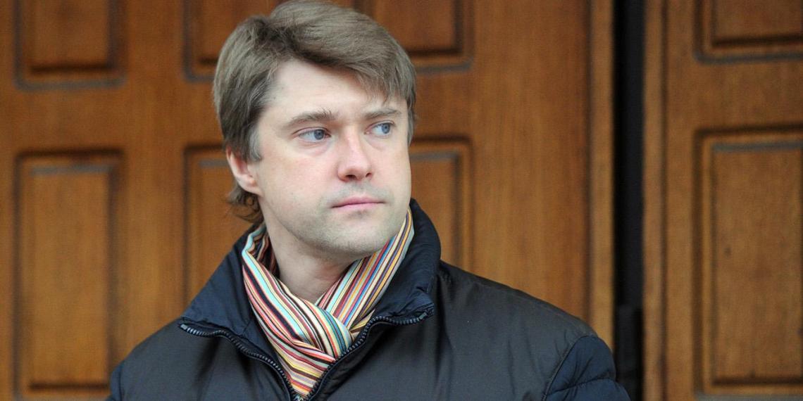 Соратник Навального отказался комментировать встречу с предполагаемым агентом MI6