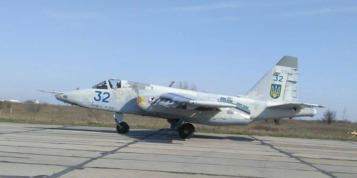 Су-25 ВСУ отработали атаку по кораблям ЧФ России