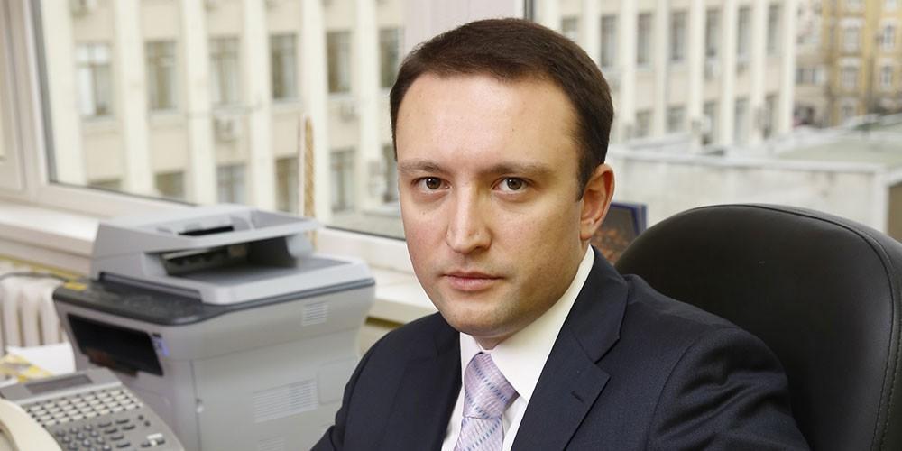 Имущество пресс-секретаря Роскомнадзора арестовано по решению суда