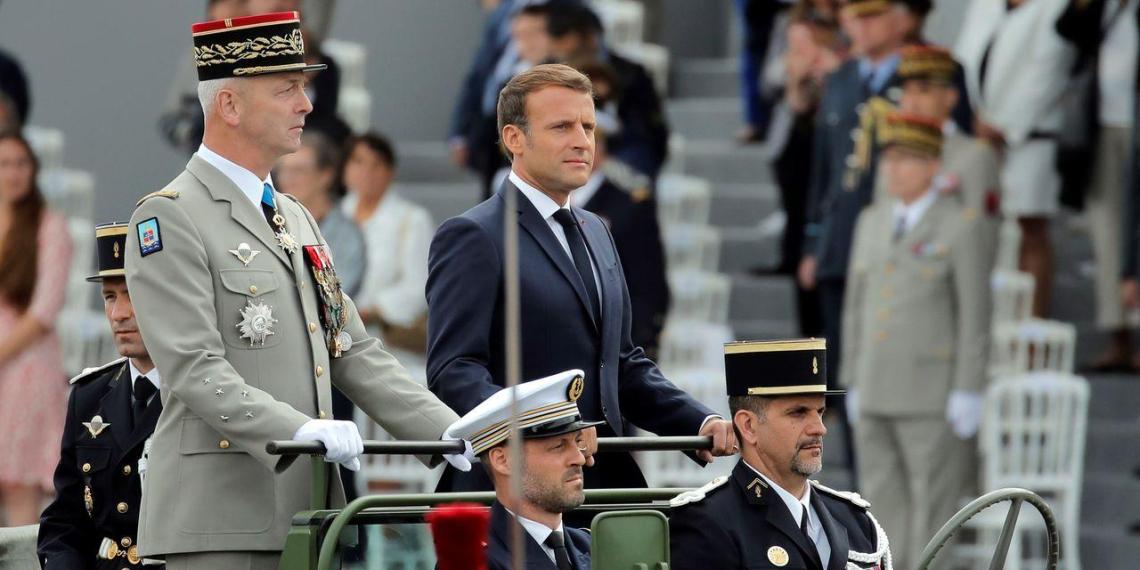 Французские военные поддержали письмо отставных генералов о грядущей расовой войне