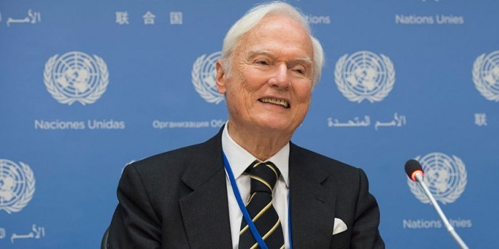 Спецдокладчик ООН призвал отменить санкции против России