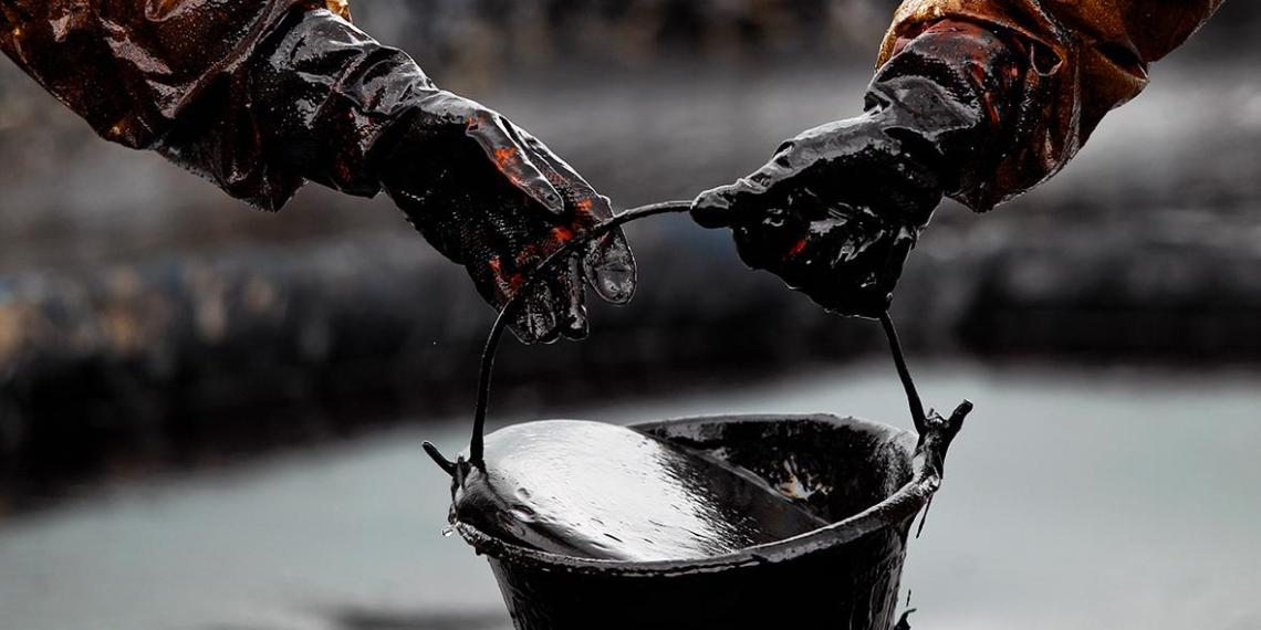 Российские таможенники выявили контрабанду нефти на Украину стоимостью 2 млрд