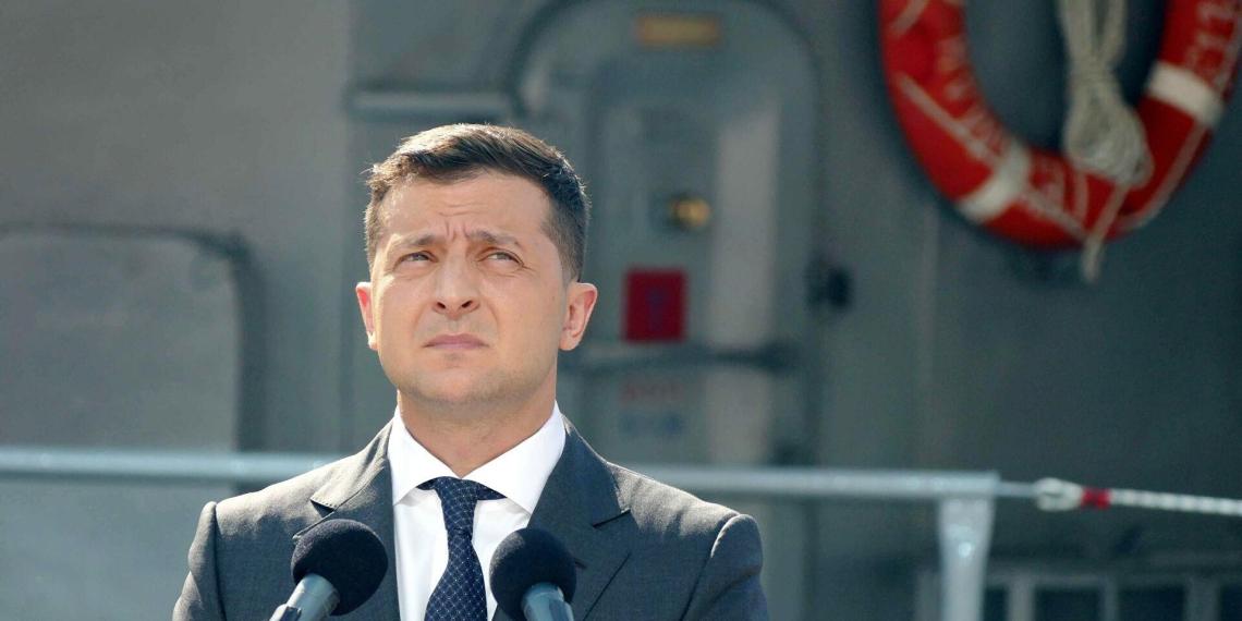 Зеленский заявил о недовольстве форматом минских соглашений