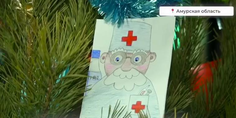 """Волонтеры """"Единой России"""" и детсадовцы помогают создать новогоднее настроение в красных зонах госпиталей"""