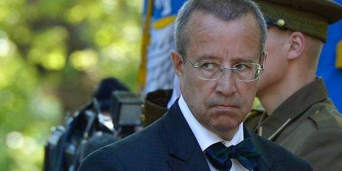 Президент Эстонии пожаловался, что соседство с Россией мешает его стране процветать