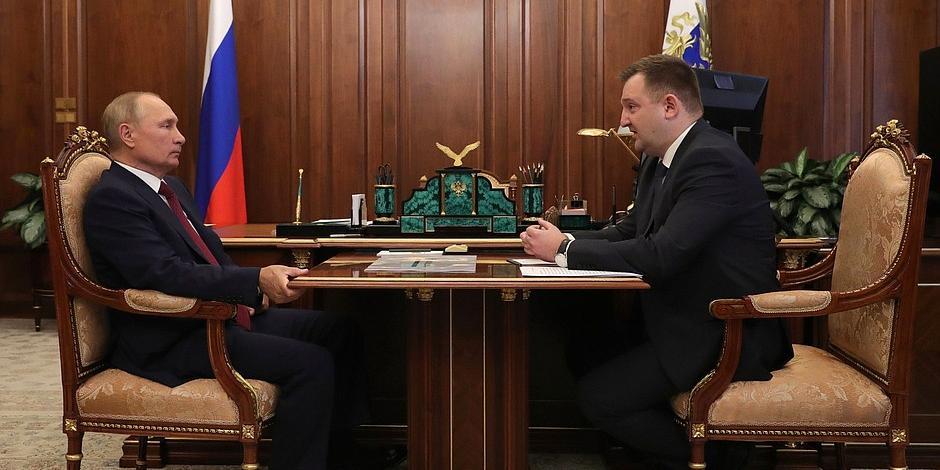 Путин встретился с главой Росмолодежи Бугаевым