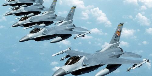 Воздушная полиция НАТО перехватила российские военные самолеты