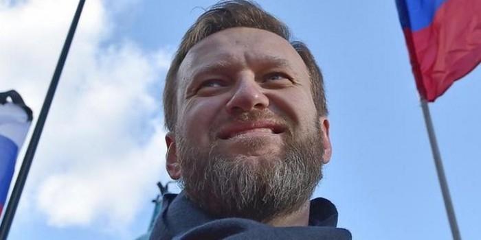 """""""Антимайдан"""" обратился к Чайке с просьбой проверить блог Навального на предмет экстремизма"""