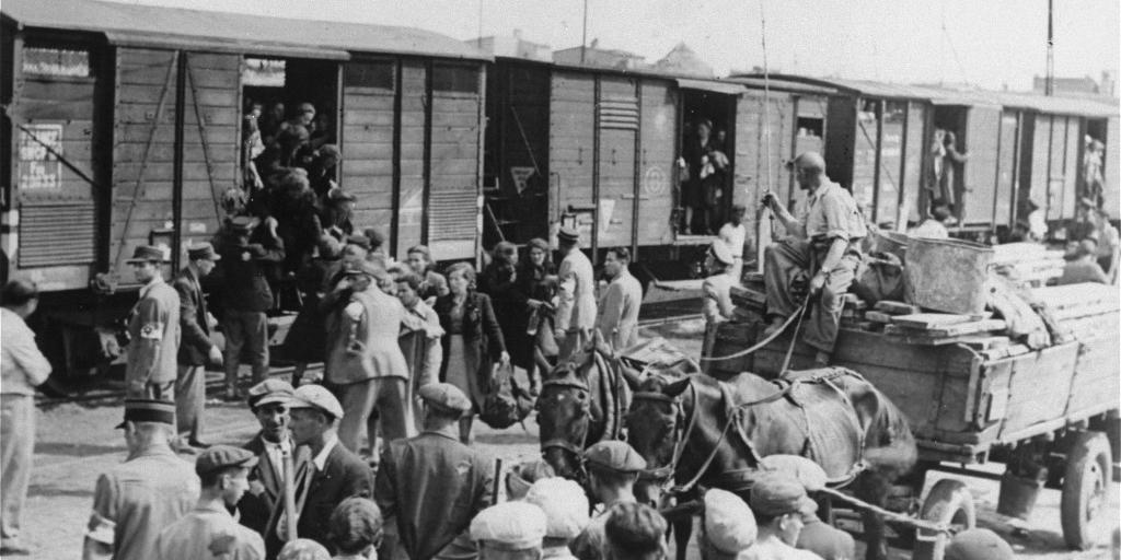 Посол США в ОБСЕ выдал фото из польского гетто за депортацию крымских татар