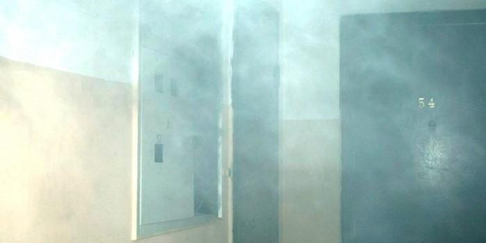 """В Челябинской области коллекторы """"выкуривали"""" должника с помощью отравляющего газа"""
