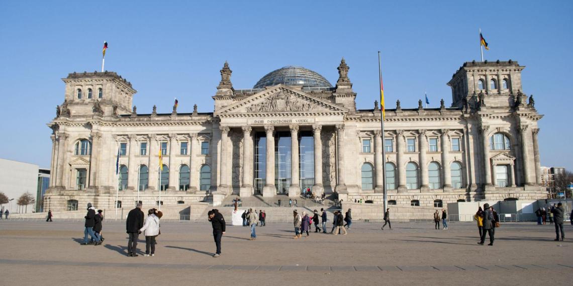 В Бундестаге заявили о необходимости снятия санкций с России