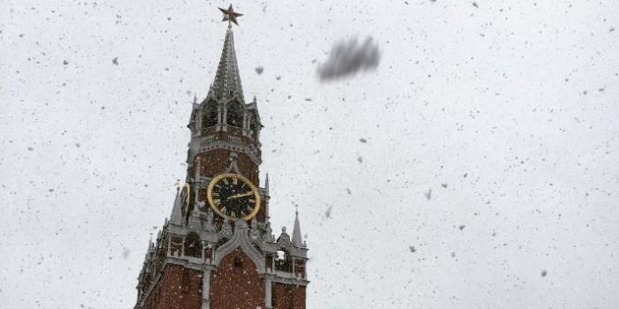Майский снегопад в Москве: лучшие фото из соцсетей