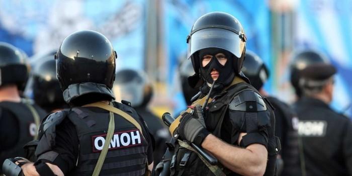 В СК опровергли информацию о применении ножа участником митинга в Петербурге