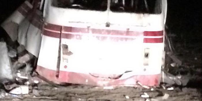 В Донбассе подрыв пассажирского автобуса на мине унес жизни 4 человек
