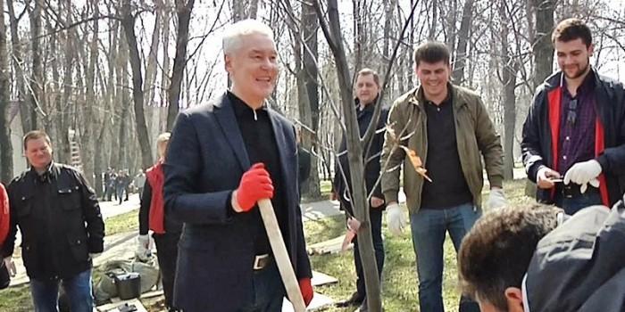 В Москве на субботник вышли 1,5 миллиона человек