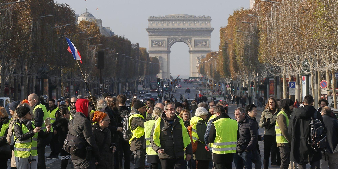 Убытки Франции из-за беспорядков достигли 2 млрд евро