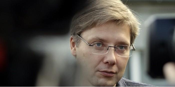 """Мэр Риги призвал не позволить """"кретинам"""" запретить русскоязычные школы"""