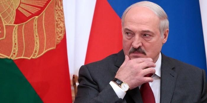 """""""Начинаем шалить на границе"""": Лукашенко обеспокоен откатом в отношениях России и Белоруссии"""