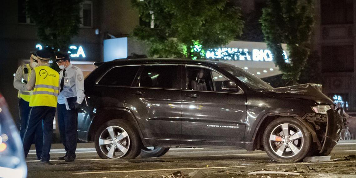 Налоговики заставили Ефремова заплатить более 100 тысяч за разбитый в ДТП джип