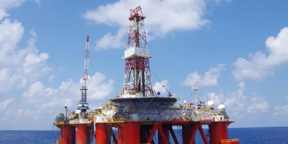 Китай оказался главным выгодоприобретателем в нефтяной войне России и Саудовской Аравии