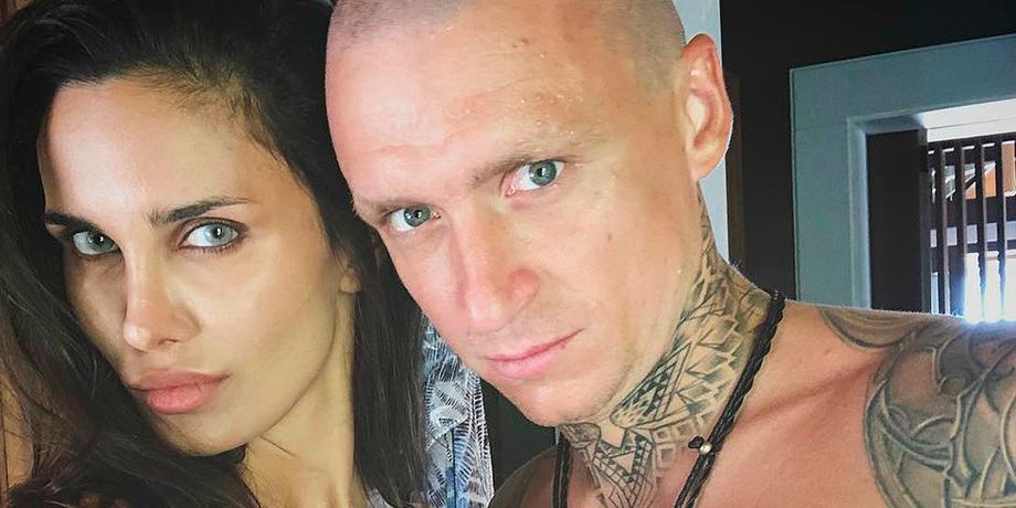 """""""Снимает проституток за границей"""": экс-супруга Мамаева о его связях и алкогольной зависимости"""