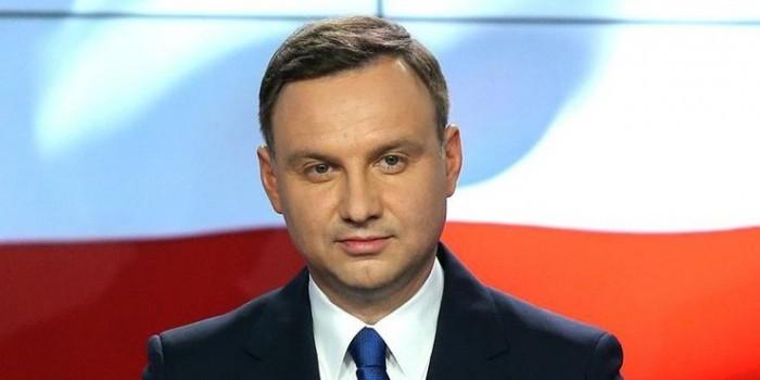 Президент Польши предложил новый формат переговоров по Донбассу