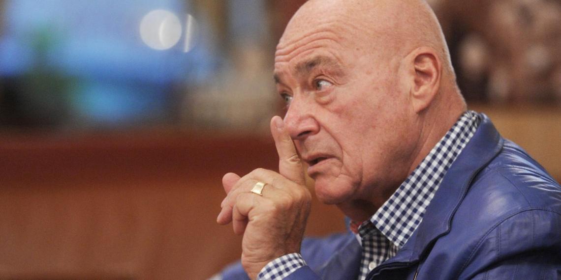 """Познер назвал """"идиотством"""" критику российской вакцины странами Запада"""
