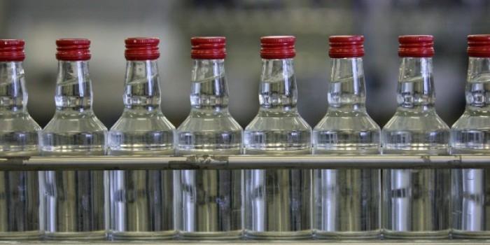 В Иркутске зафиксирован первый случай гибели от отравления контрафактной водкой