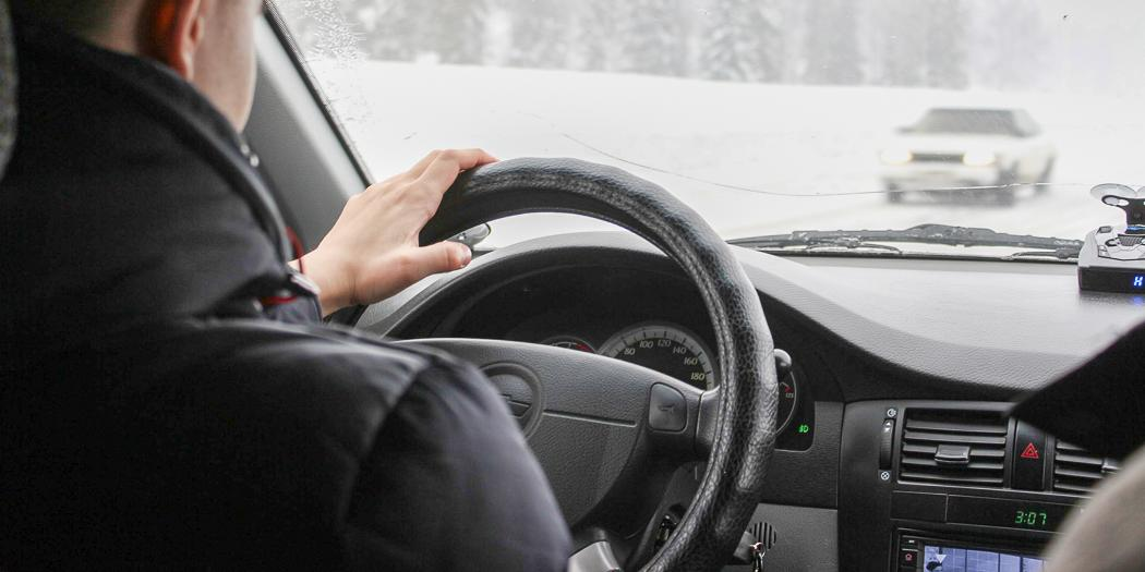 В силу вступили поправки в ПДД о проверках на дорогах