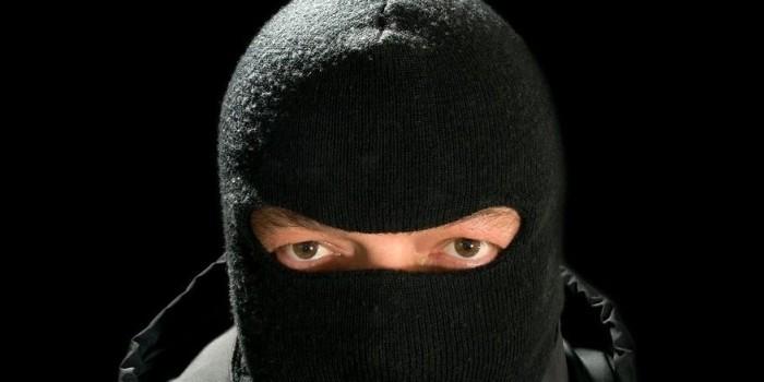 На востоке Москвы неизвестные в масках ограбили банк
