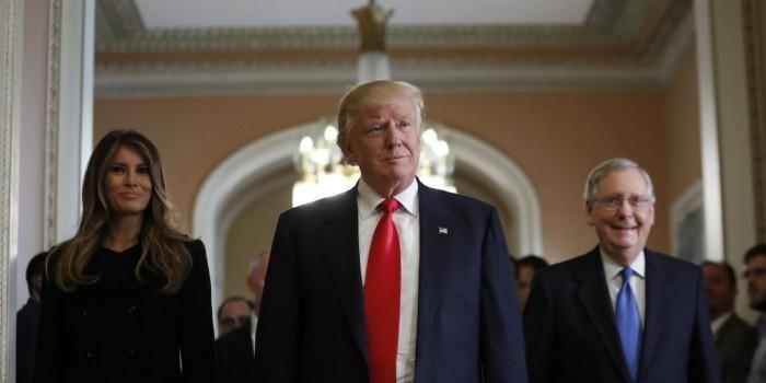 Команда Трампа раскритиковала доклад ЦРУ о влиянии России на выборы