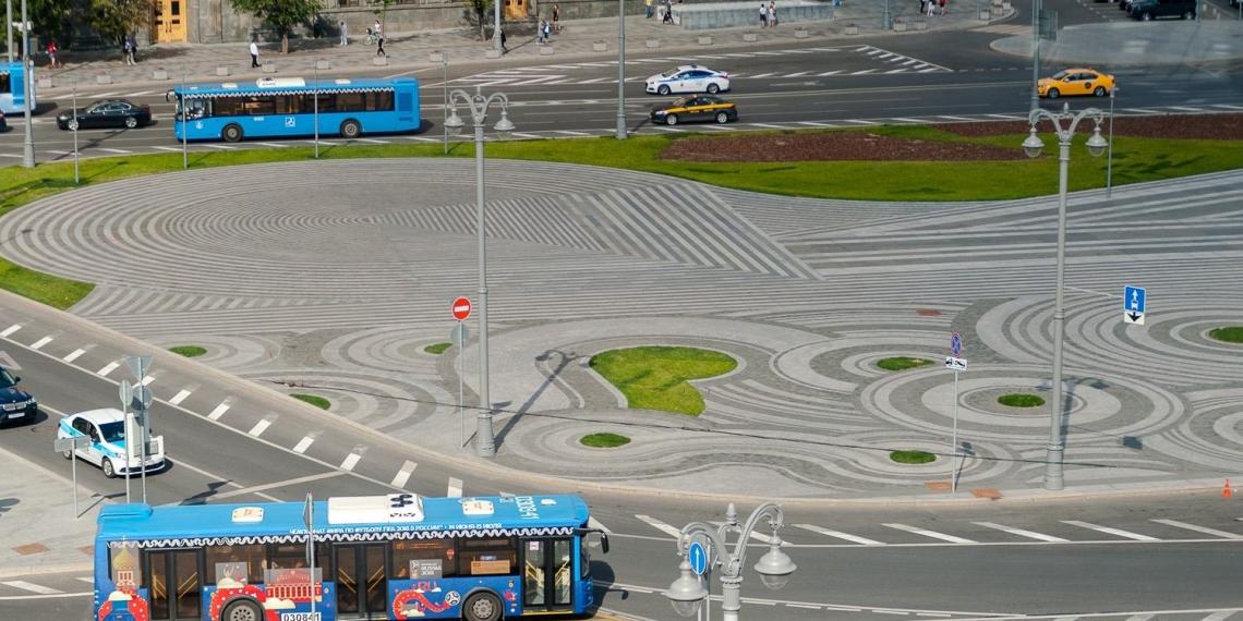 Памятник Невскому лидирует в голосовании по Лубянке