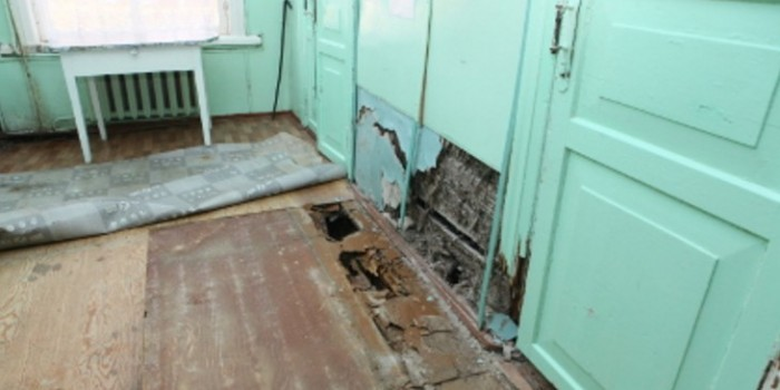 Иркутский депутат пообещал построить больницу вместо той, где провалился под пол