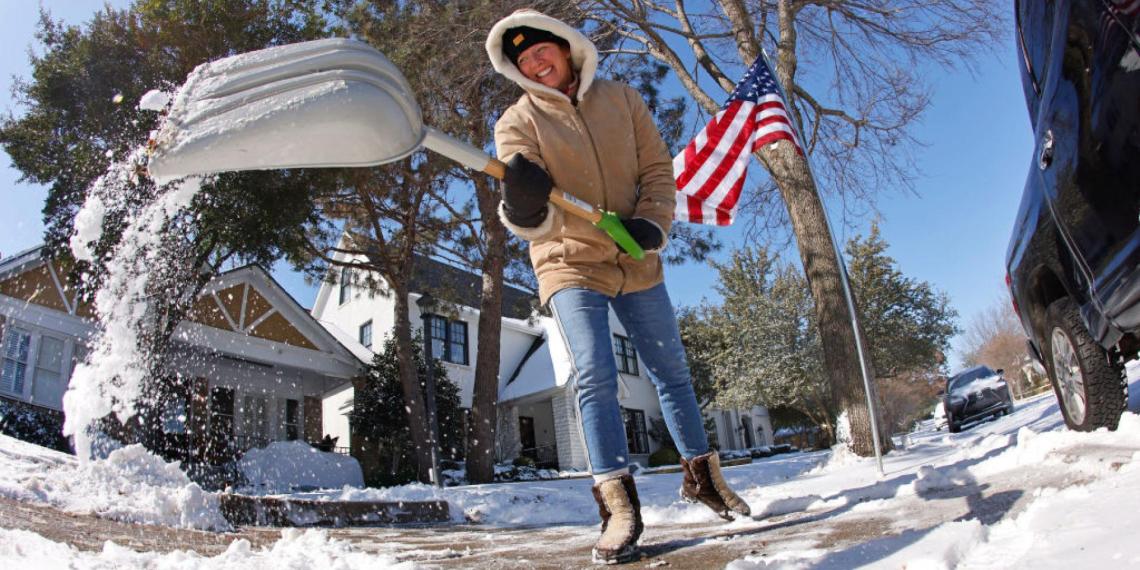 Русская бабушка помогла американской семье пережить морозы в Техасе