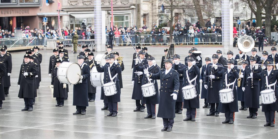 В связи с затрудненным экономическим положением армия Эстонии распустит военный оркестр